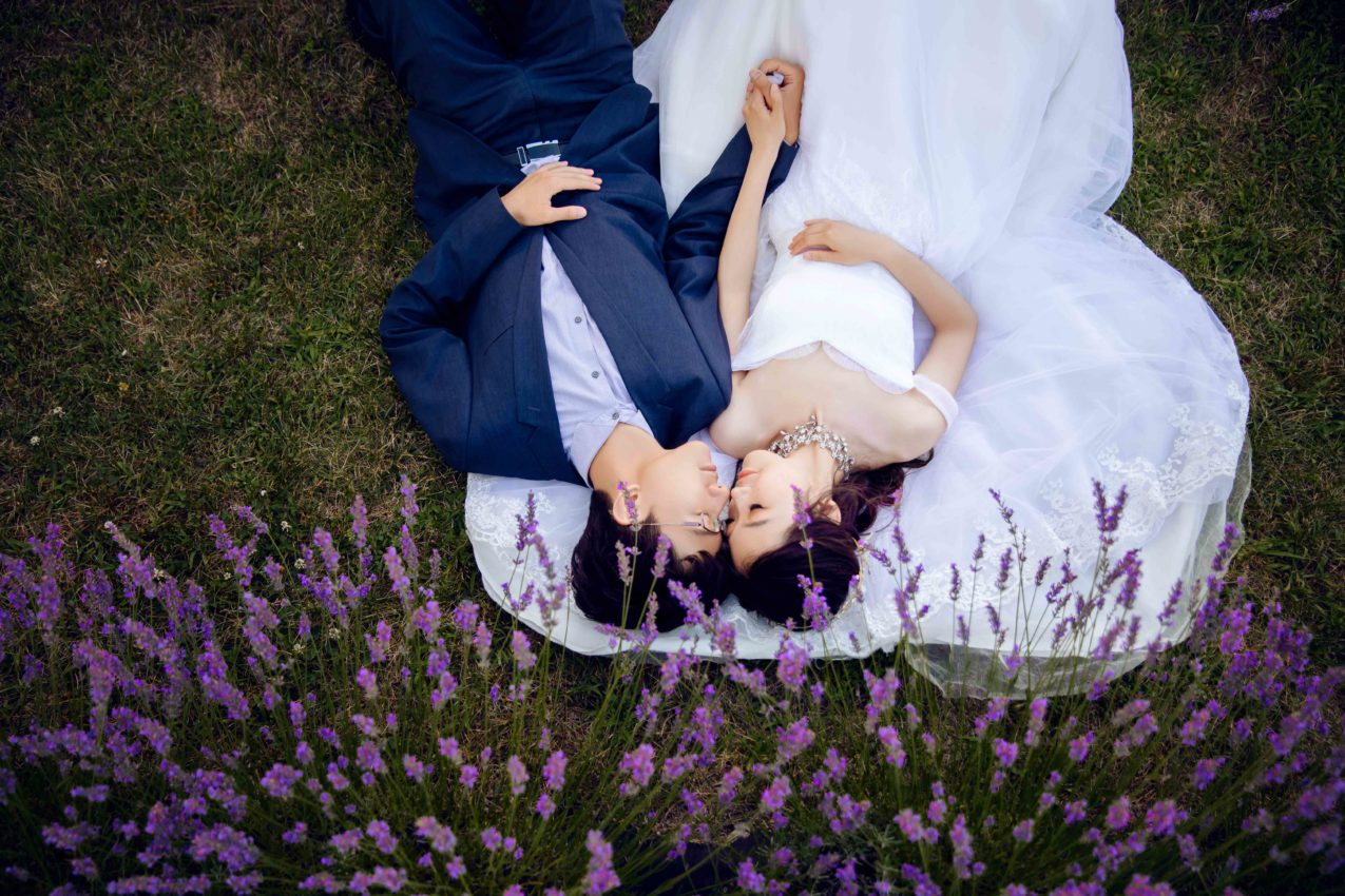 How to Pick the Perfect Pre-Wedding Shoot Location- AGI Studio